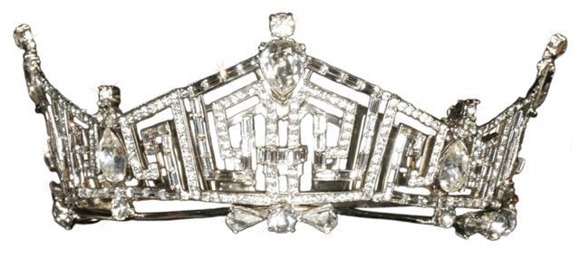 تيجان ملكية  امبراطورية فاخرة Miss-america-crown1